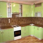 пример необычного интерьера угловой кухни фото