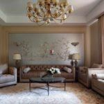 идея яркого декора обоев для гостиной картинка