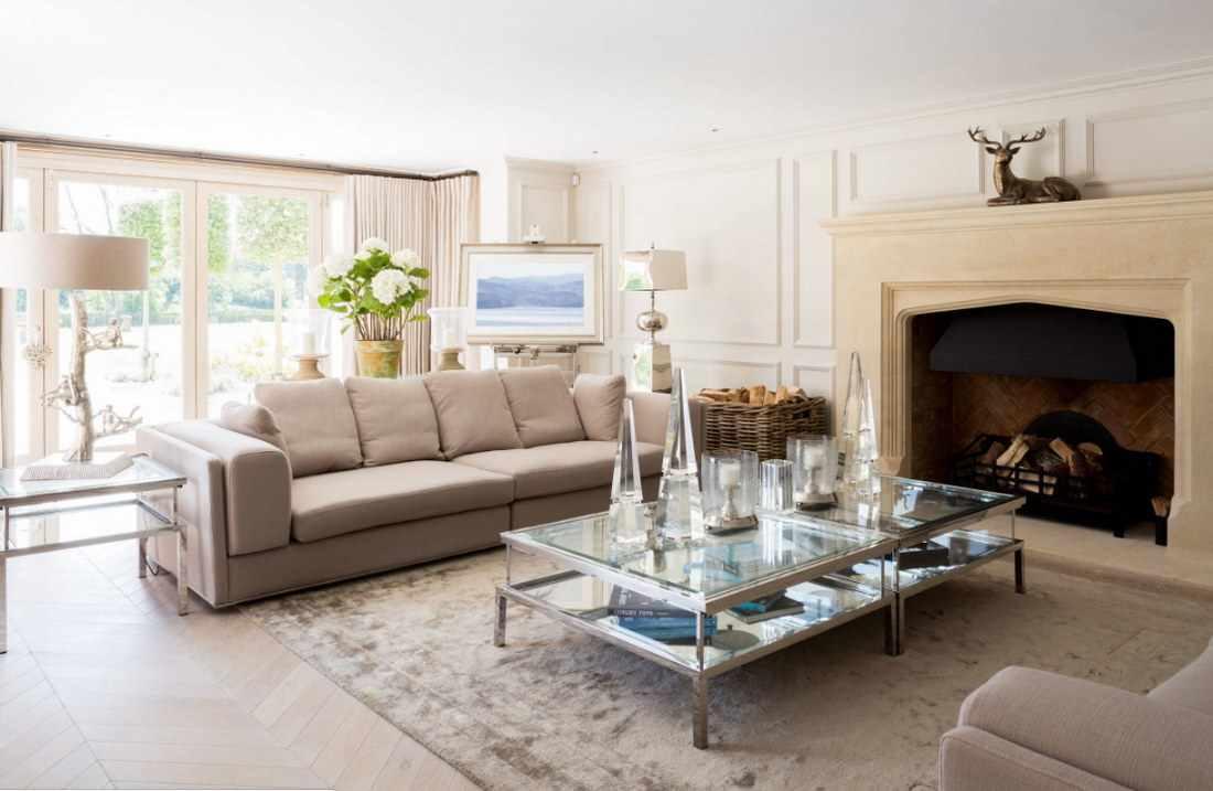 вариант использования красивого стиля гостиной комнаты с камином