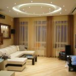 идея светлого стиля гостиной комнаты 19-20 кв.м фото
