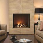 вариант использования яркого дизайна гостиной комнаты с камином картинка