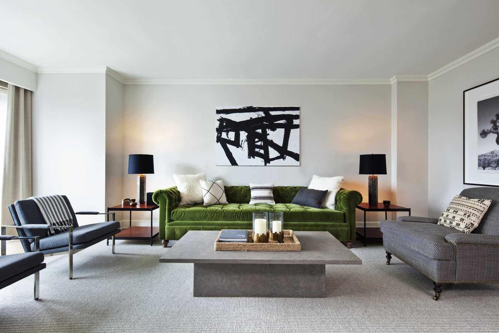 идея необычного дизайна гостиной комнаты 19-20 кв.м