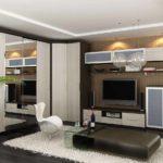 пример яркого дизайна гостиной комнаты 25 кв.м картинка