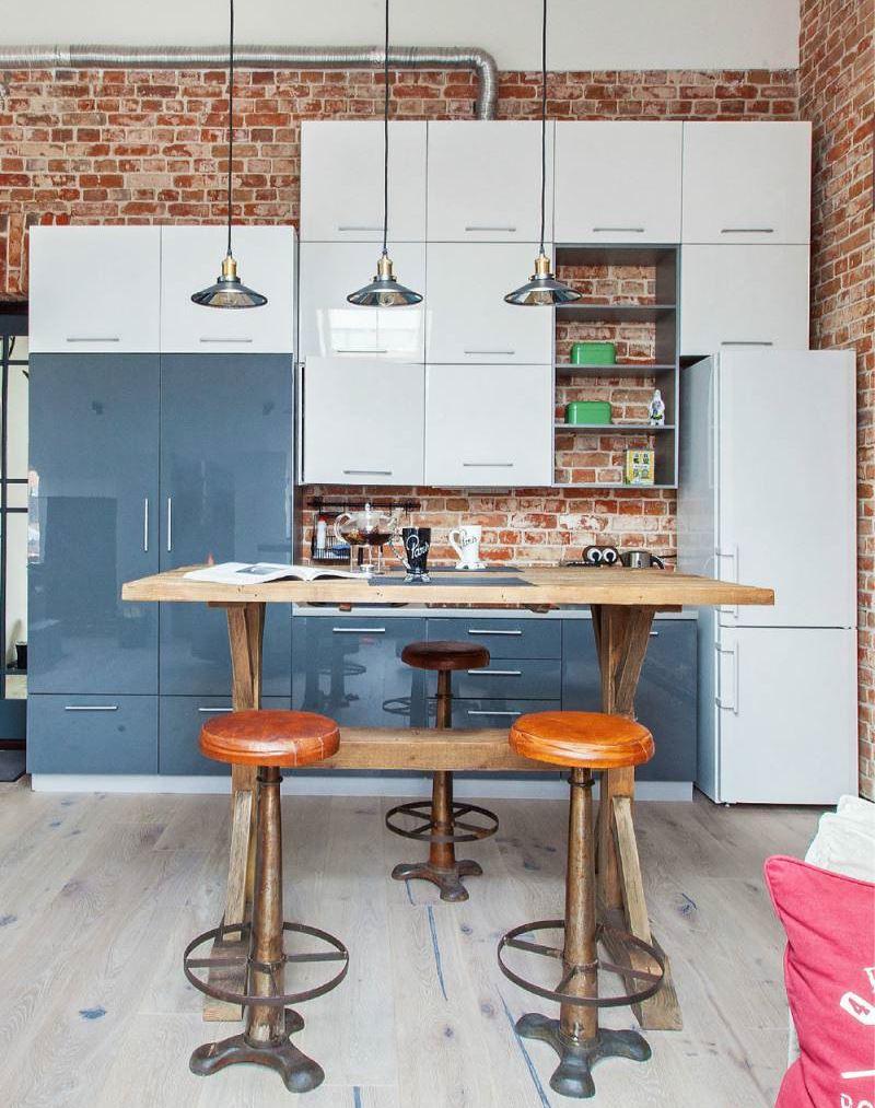 Современный гарнитур на кухне в стиле лофт