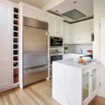Встроенный светильники в освещении кухни