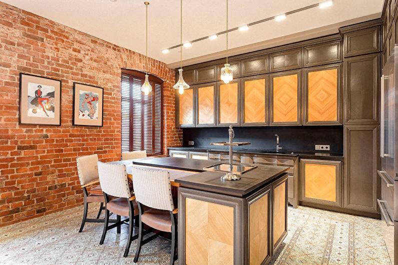 Темный кухонный гарнитур с филенками светло-коричневого цвета