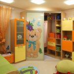 Система хранения в детской для малыша