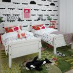 Уютная комната девочек близнецов