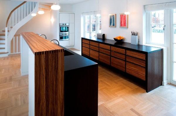 Дизайн кухни цвета венге с зебрано