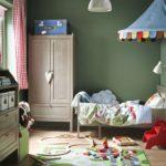 Шкаф для одежды в детской комнате