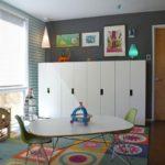 Белые шкафчики для детской одежды