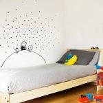 Декорирование стены в детской своими руками