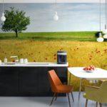 Фотообои с природным ландшафтом в интерьере кухни