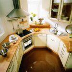 Пример удачной планировки для кухни нестандартной формы