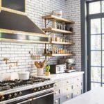 Кирпичные стены на кухне в стиле лофт