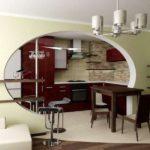 Оригинальный интерьер современной кухни-столовой