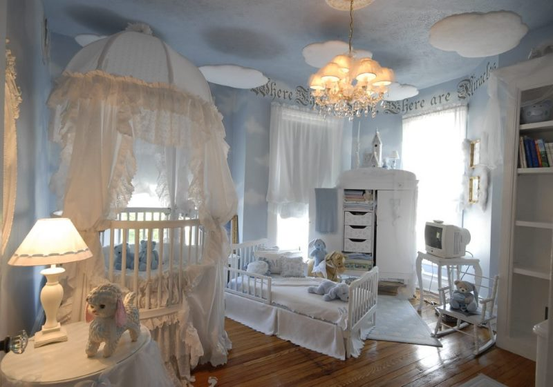 Интерьер комфортной спальни для ребенка