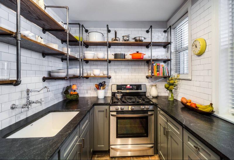Интерьер кухни в стиле лофт с каменной столешницей