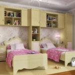 Одинаковая мебель для девочек одного возраста