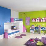Синий шкаф для детской одежды
