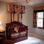 Темная мебель в детской комнате