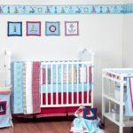 Интерьер спальни для младенца в деревенском стиле