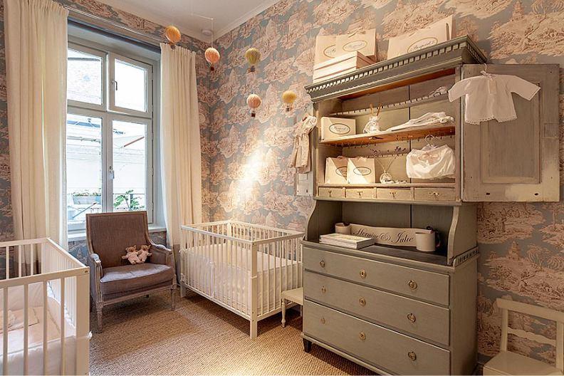 Комод в стиле прованс в детской комнате