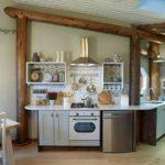Обустройство кухни в помещении нестандартной планировки