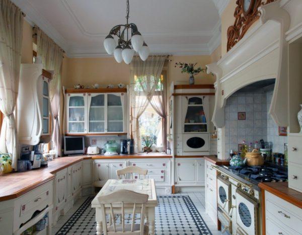 Занавески на кухне прованс
