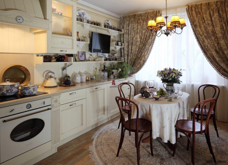 Интерьер современной кухни в стиле рококо
