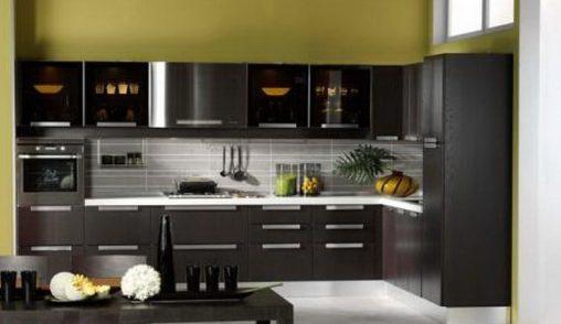 Лаконичная и чтрогая кухня