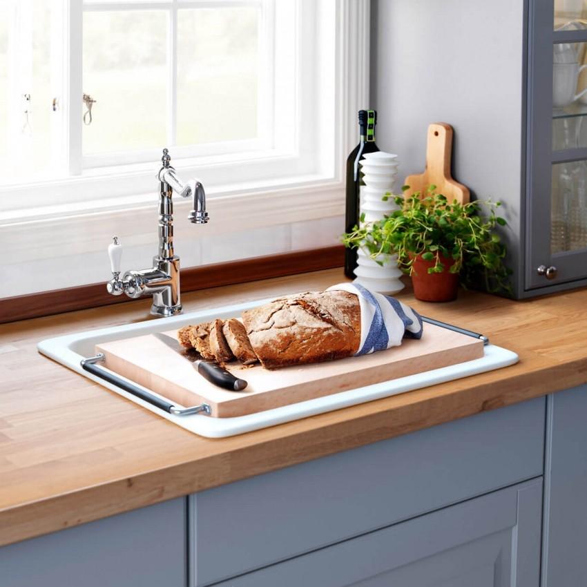 Обустройство рабочей зоны под окном на маленькой кухне