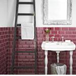 Облицовка ванной плиткой, имитирующей кирпичную кладку