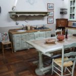 Оригинальная дачная кухня в стиле прованс