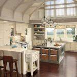 Просторная кухня с барной стойкой и островом в стиле прованс