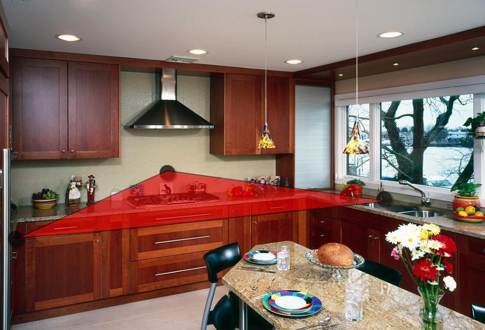 Рабочий треугольник на кухне с угловой планировкой