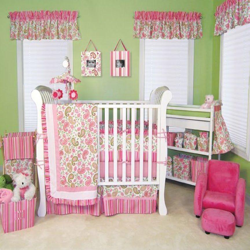 Салатовые стены в спальне для новорожденного