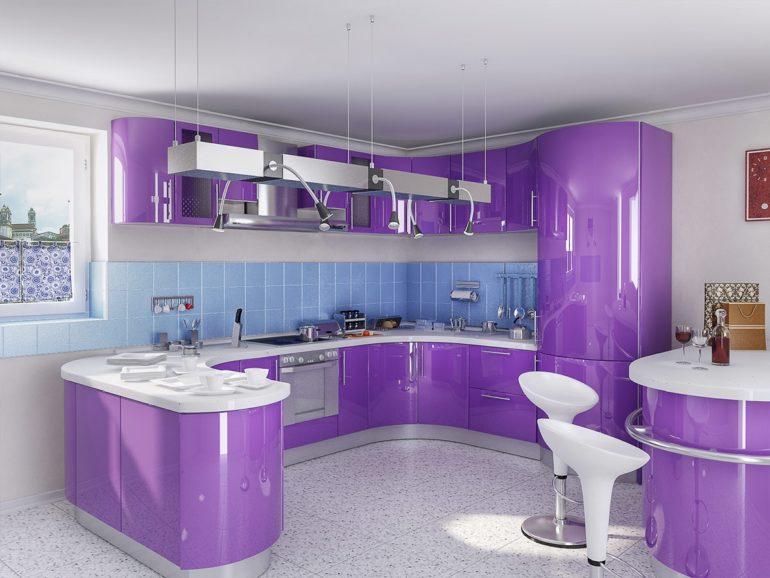 Фиолетовый гарнитур С-образной планировки