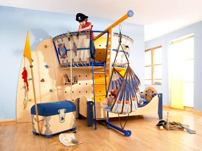 Спортивный уголок для ребенка в морском стиле