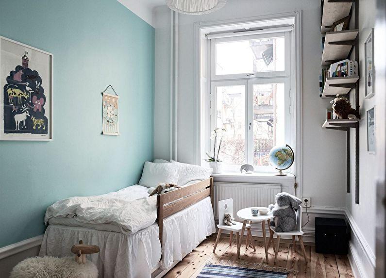 Узкая детская спальня для мальчика