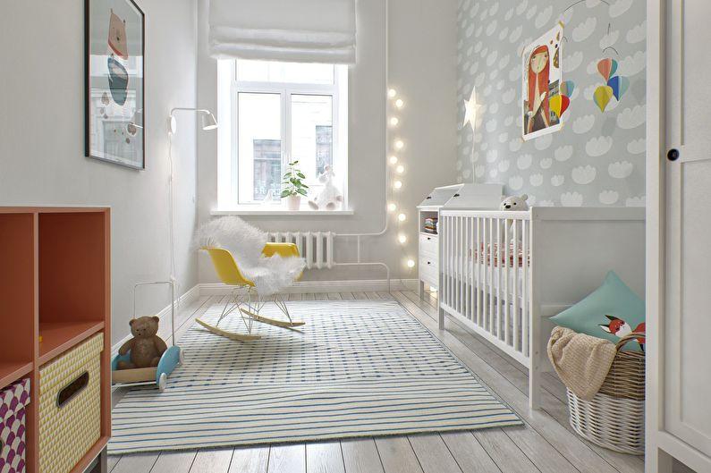светлый ковер на полу в детской комнате