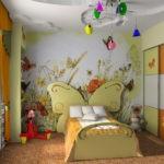 Разноцветные светильники на потолке детской
