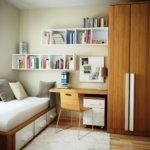 Уютная комната для школьника средних классов
