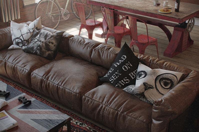 Кожаный диван на кухне в стиле лофт