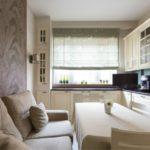 Удлбный диван в небольшой кухне