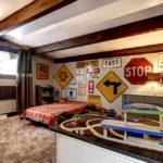 Дорожные знаки в интерьере комнаты для подростка