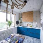 Толстые канаты на потолке кухни