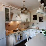 Подсветка рабочей зоны классического кухонного гарнитура