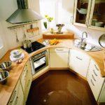 Обустройство кухни нестандартной формы