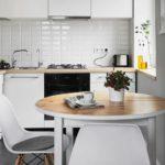 Круглая столешница кухонного стола